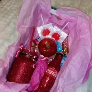 Other - Valentines Day Happy Gift Set